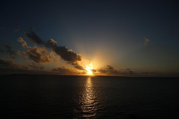 夕日が沈みます