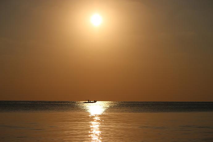 船の上から夕日が見たいな〜