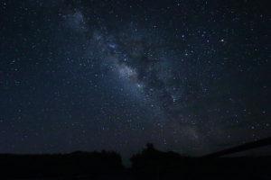 満点の星空と天の川